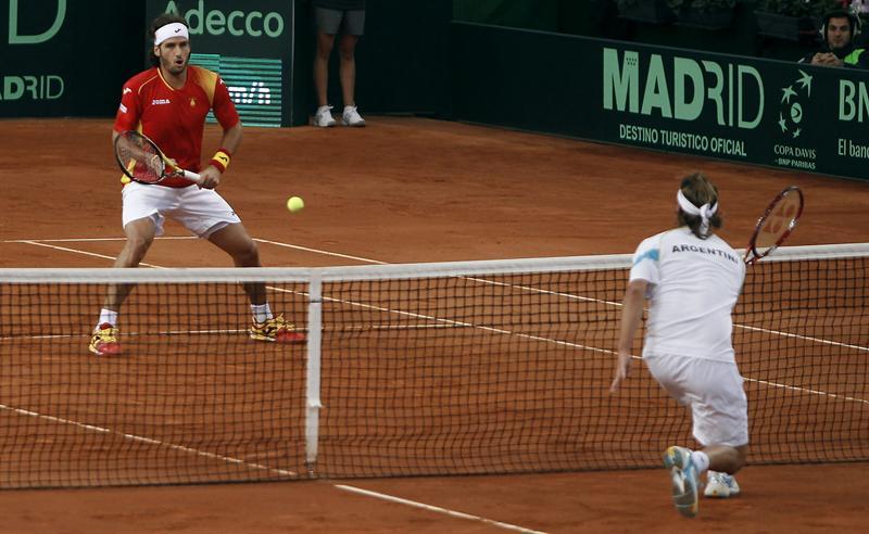 El dobles entre Feliciano y Verdasco contra Schwank y Nalbaldian, 4-6, 2-6, 3-6