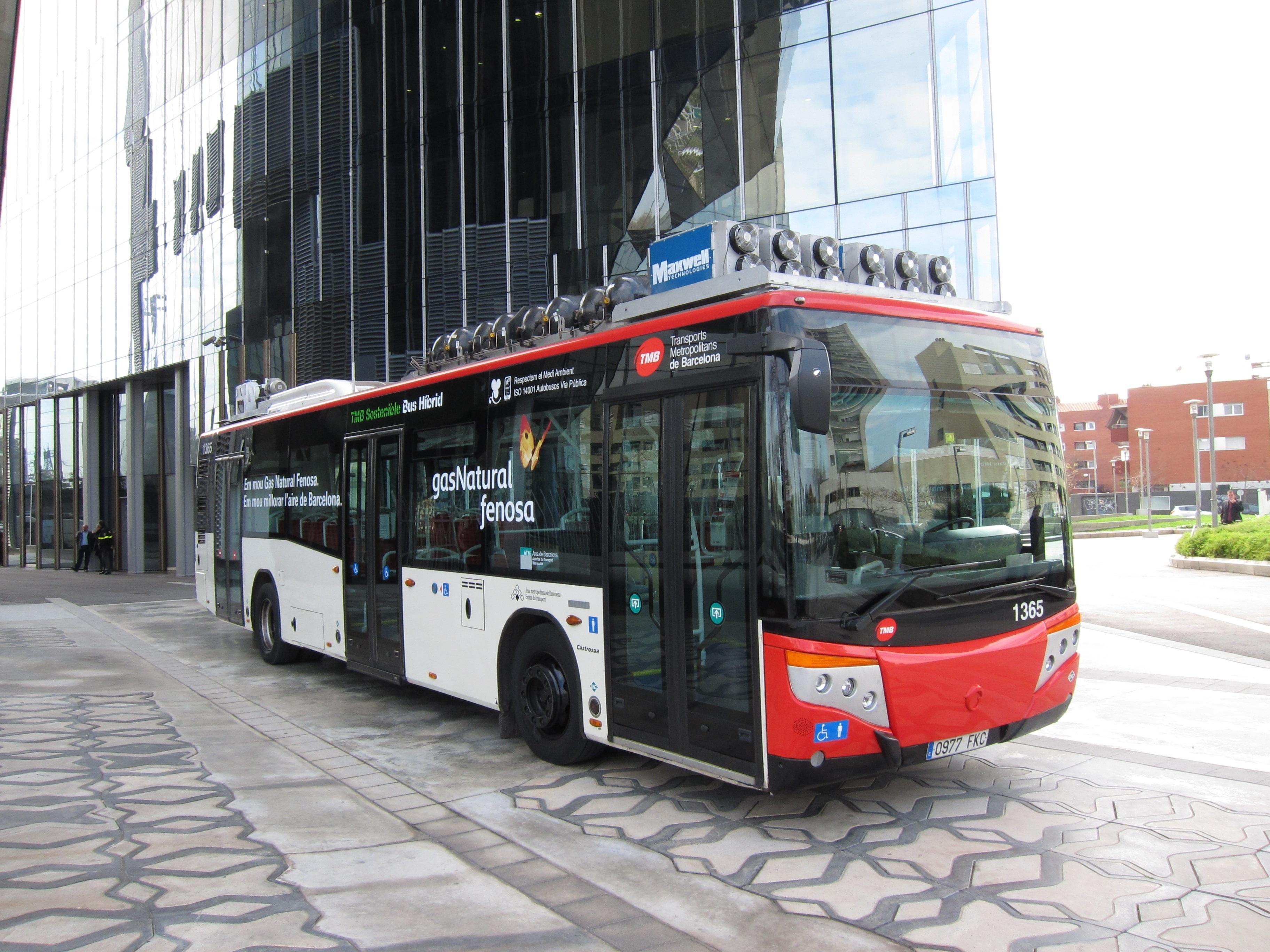 El CSIC presenta un prototipo de vehículo para el transporte público con piloto automático