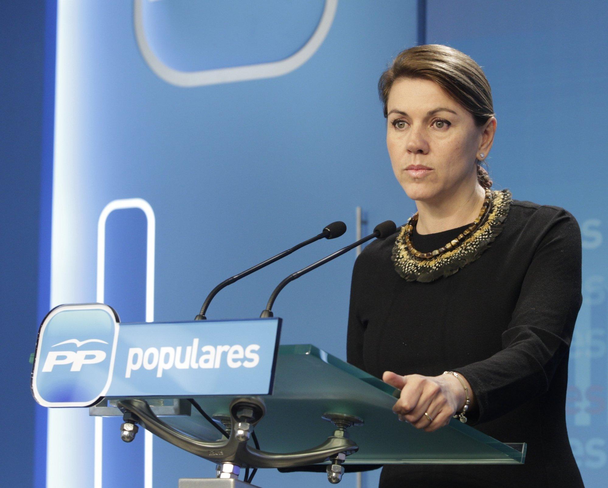 Cospedal responde que el Gobierno cumplirá la ley en política penitenciaria, «la mejor manera de terminar» con ETA