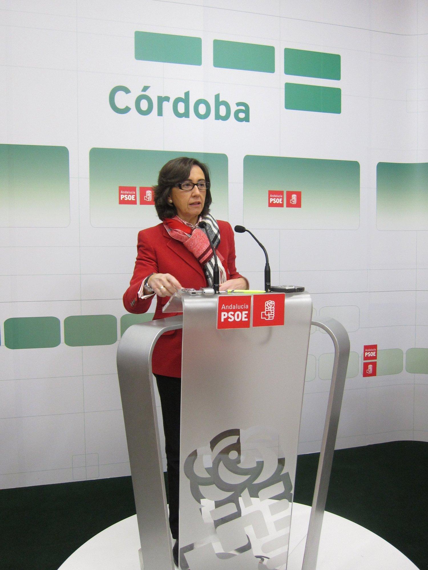 Rosa Aguilar critica que Sáenz de Santamaría y Montoro han «puesto en duda la solvencia de Andalucía»