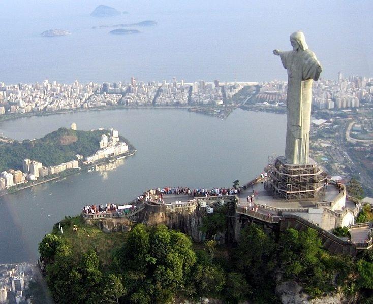 Industria y empresas vascas reciben a una delegación brasileña para explorar las posibilidades de negocio del país