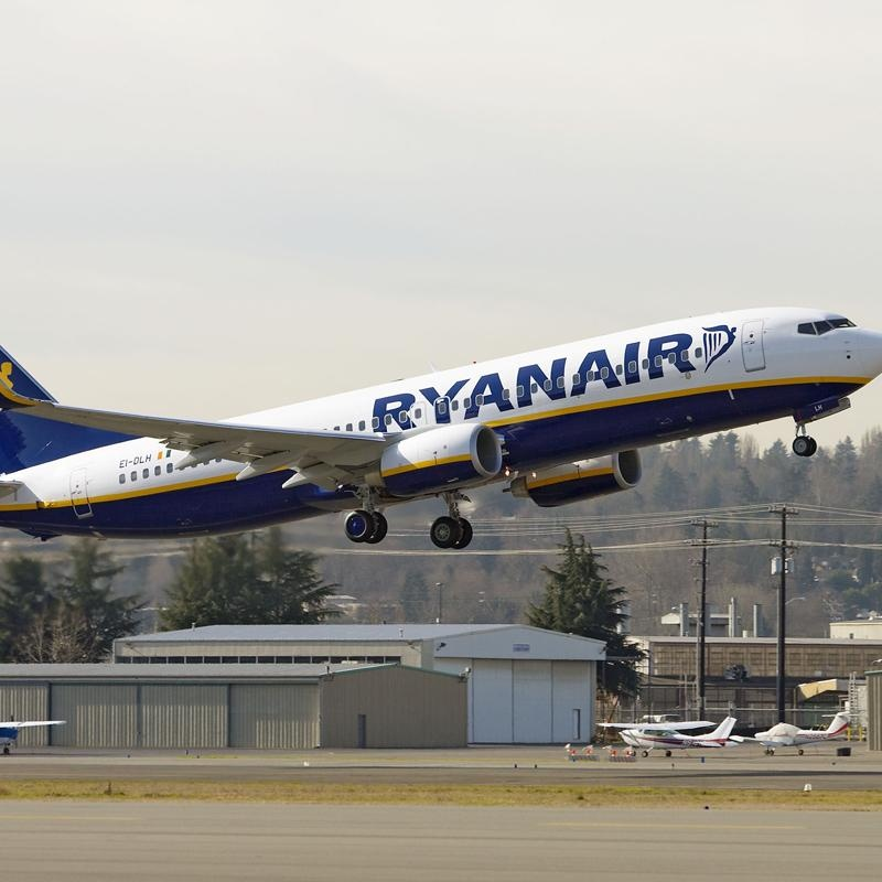 Ryanair lanza una «tarifa de rescate» a 49 euros para los afectados por el cierre de Spanair