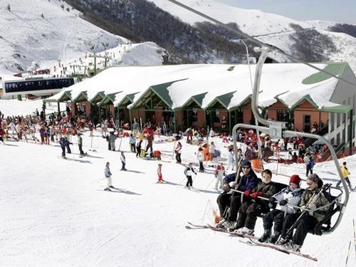 Valdezcaray prevé abrir este sábado diez pistas de esquí con calidad de nieve polvo