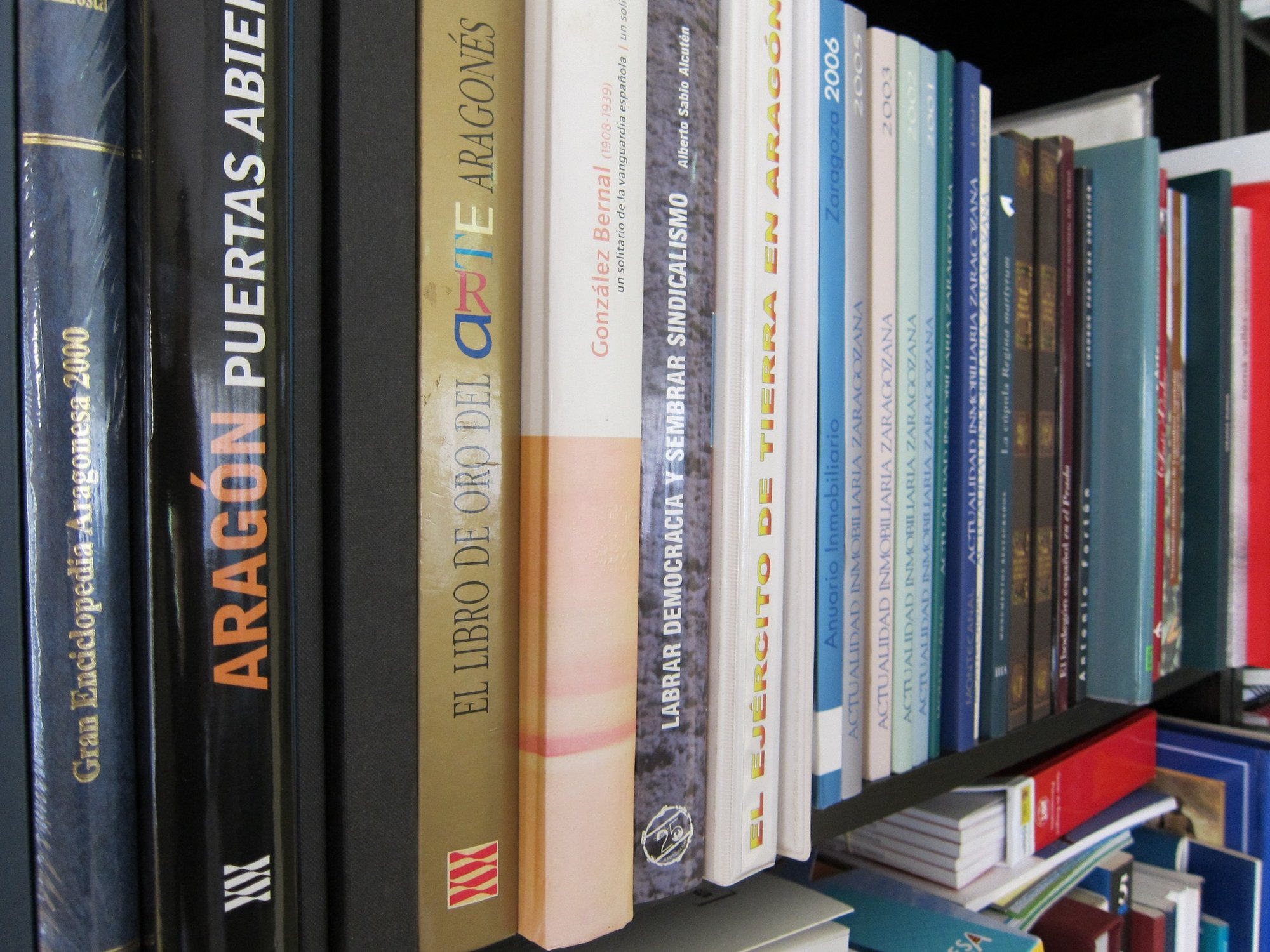 El Bibliobús cumple 25 años con casi cinco millones de préstamos y 47.000 usuarios cada año