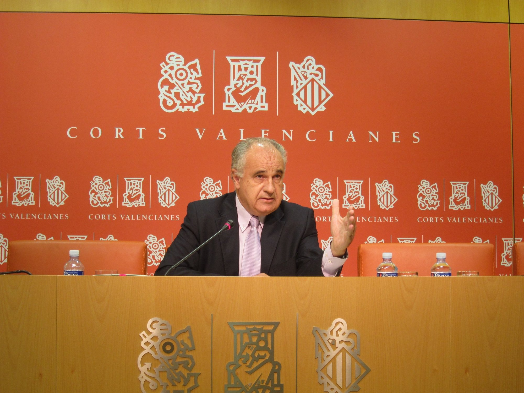 Blasco dice que la economía, el empleo y las comisiones de investigación centrarán el nuevo periodo de sesiones