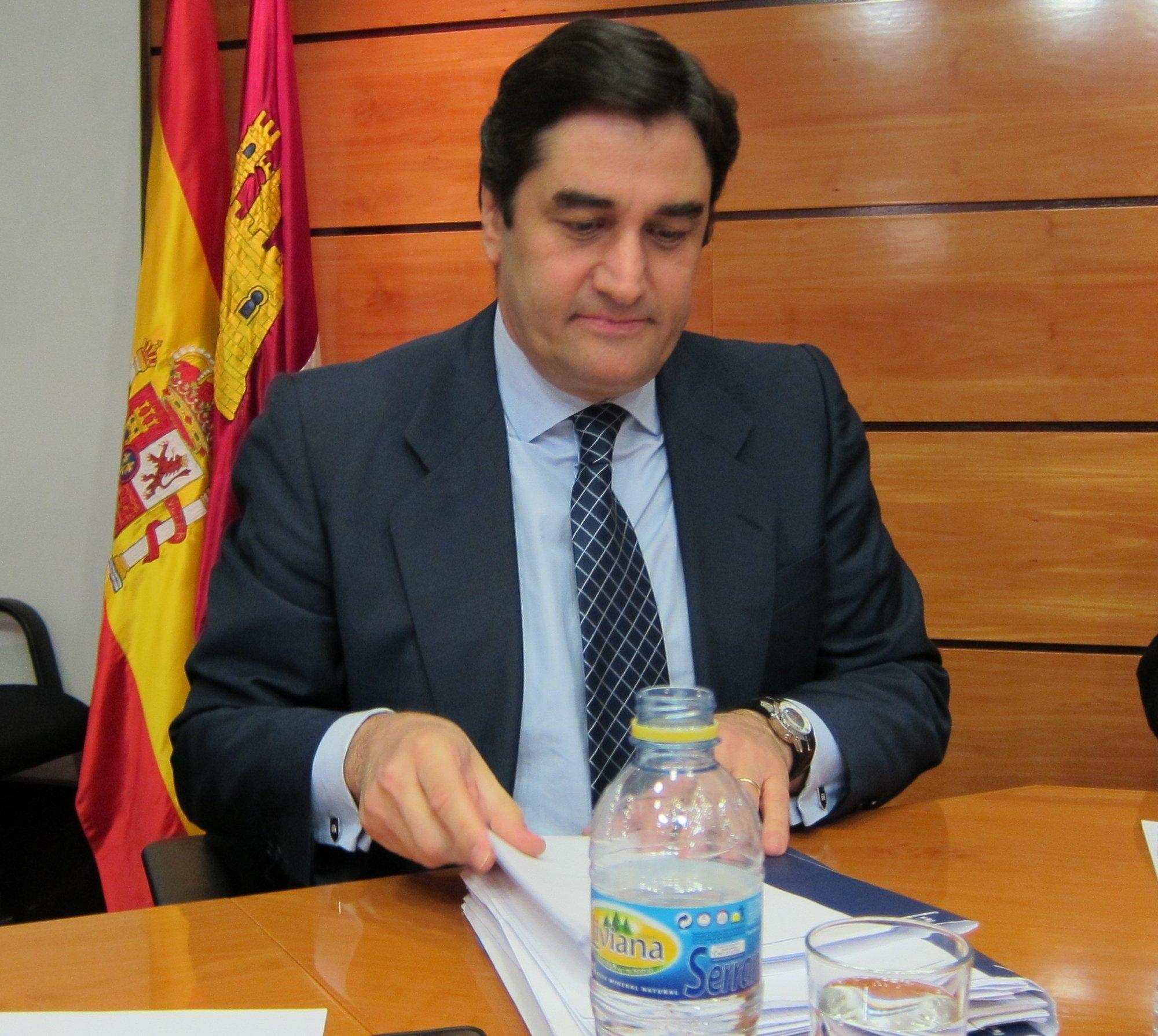 Echániz (492.389 euros) y Guijarro (210.105) son los consejeros de los dos últimos gobiernos que más dinero tienen