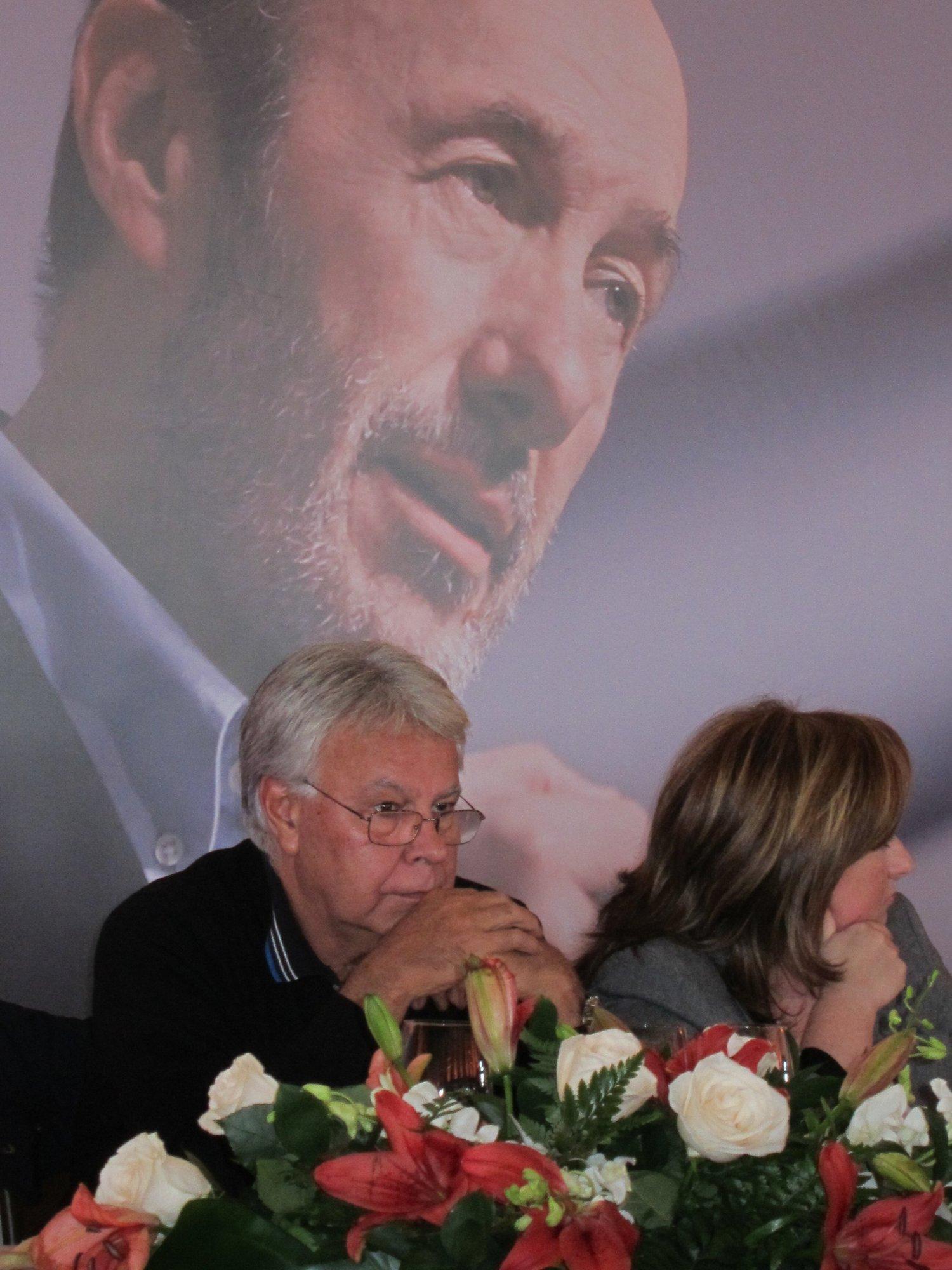 González a Rubalcaba: «Creo en ti antes, durante y después de la campaña»