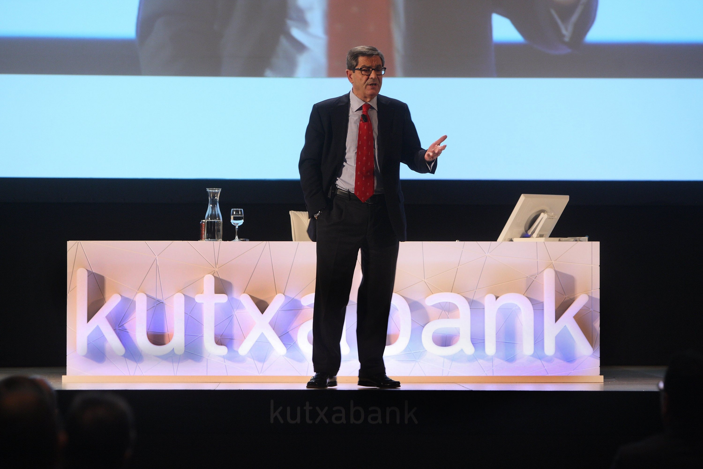 Kutxabank dice que no es su deseo entrar en operaciones en 2012