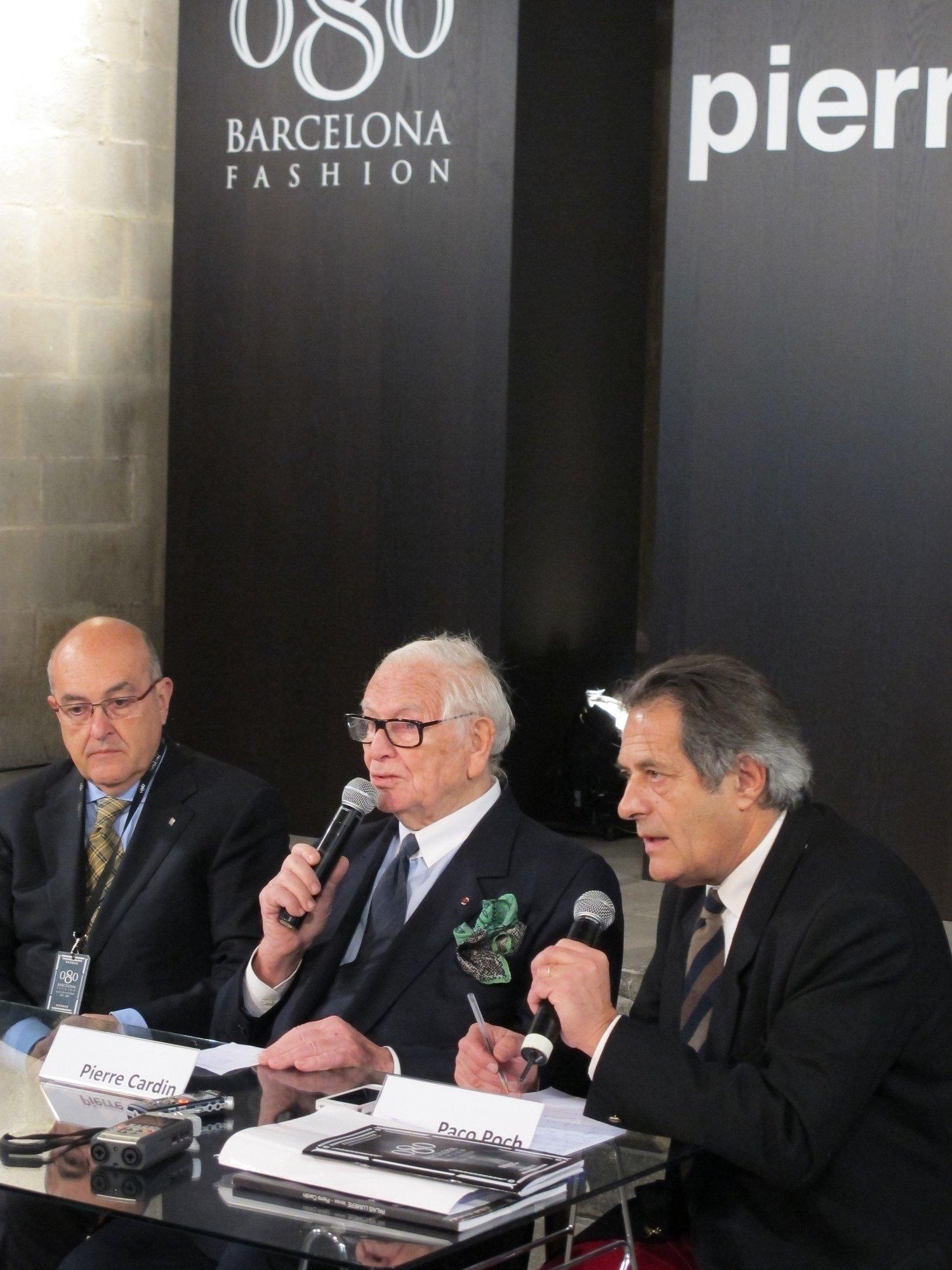 Pierre Cardin cierra el »080 Barcelona Fashion» con un desfile y una masterclass