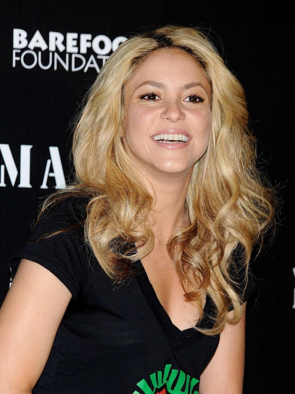 Shakira es condecorada con la Orden de las Artes y las Letras de Francia