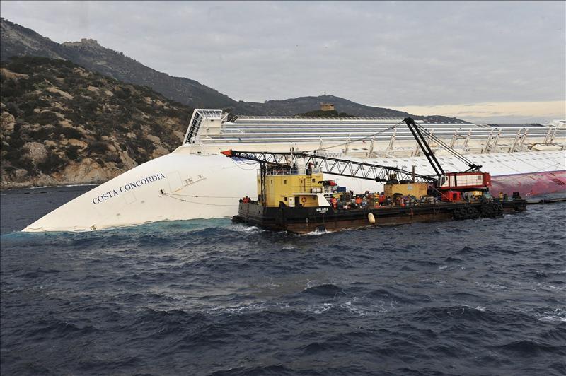 La víctima número 17 del »Costa Concordia» era camarera en el crucero