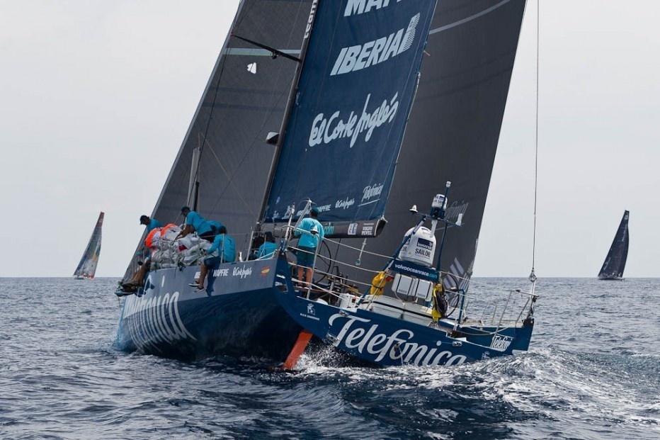 El »Telefónica» se mantiene líder de la flota y aumenta su ventaja sobre »Puma» y »Camper»