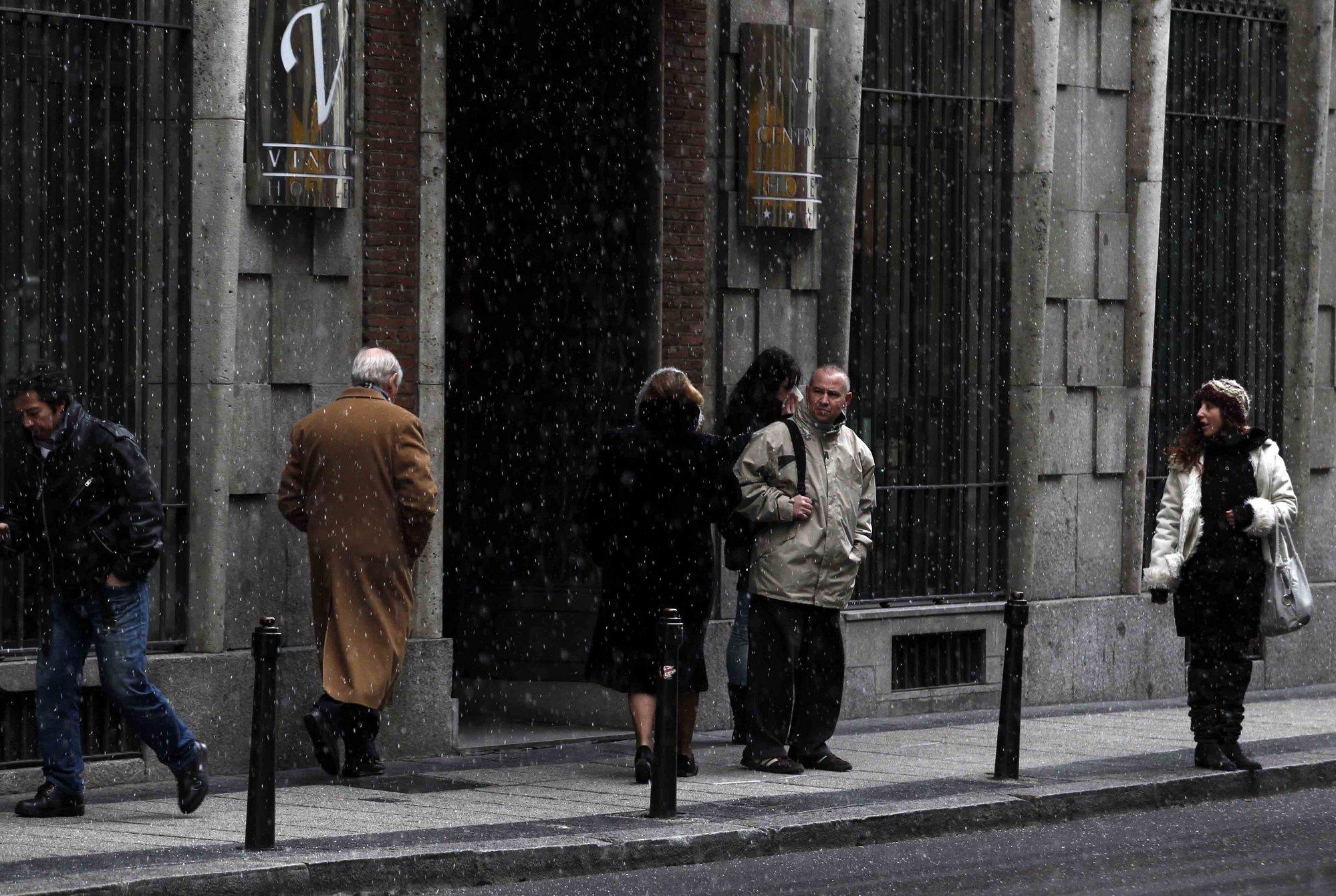 La bajada de las temperaturas dejará este domingo en alerta a 18 provincias por nieve y frío