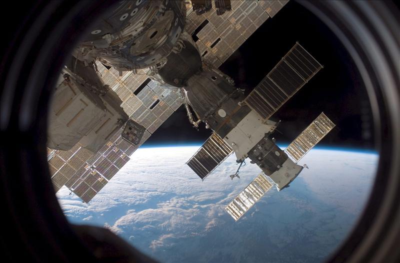 El carguero ruso Progress se acopla con éxito a la Estación Espacial Internacional