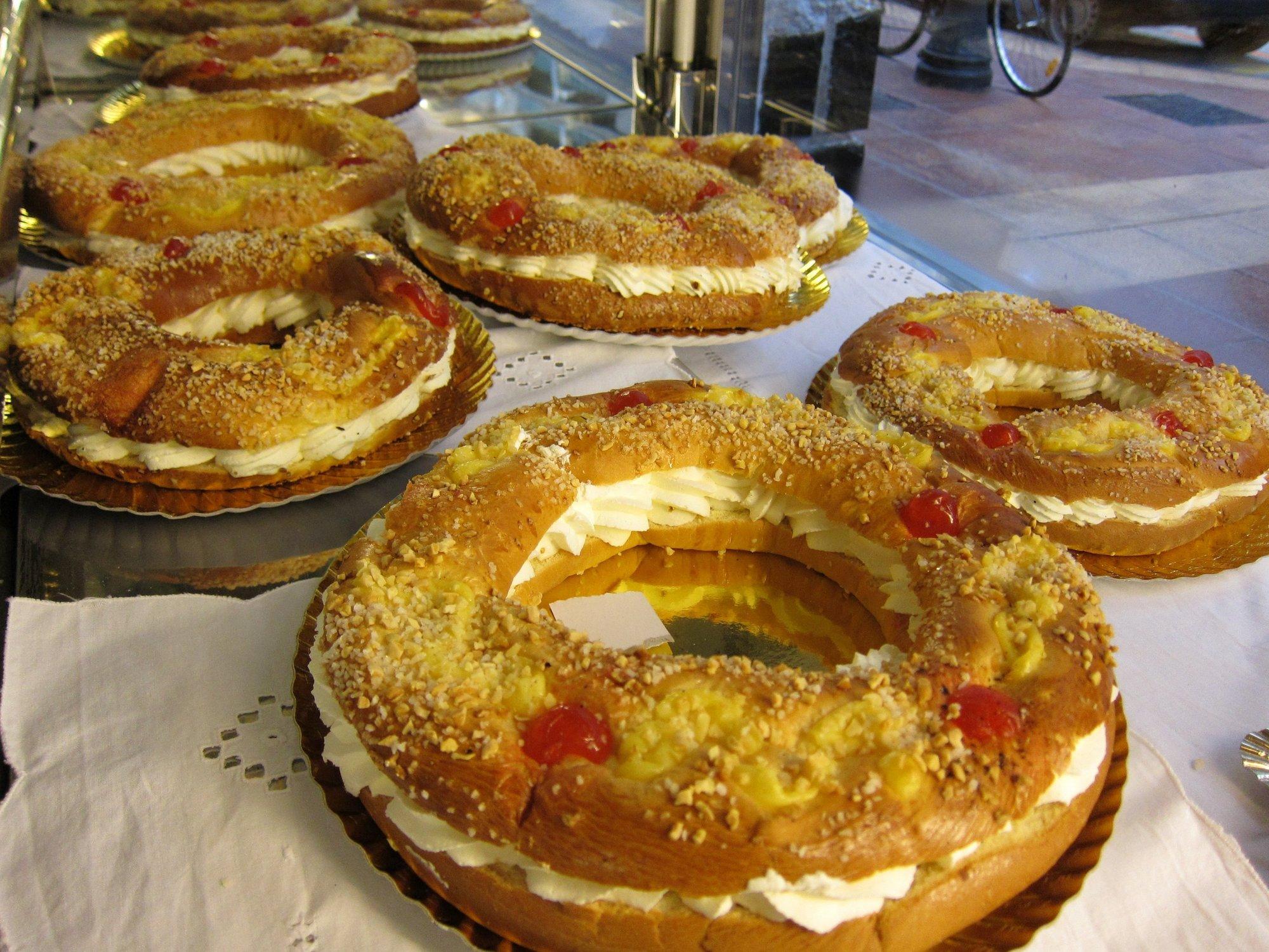 Las pastelerías esperan vender más de 60.000 roscones de San Valero