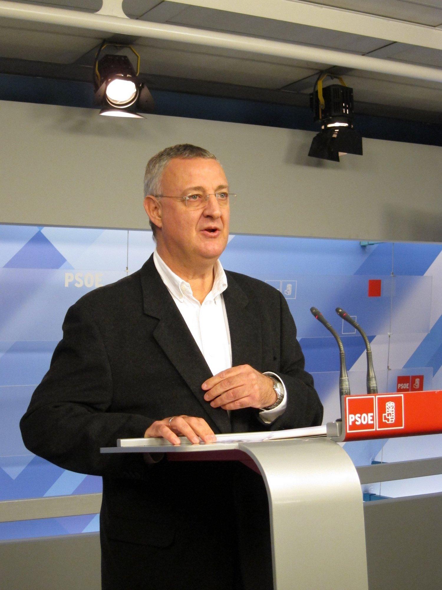 El PSOE pide al Gobierno que suba el SMI un 1% este año