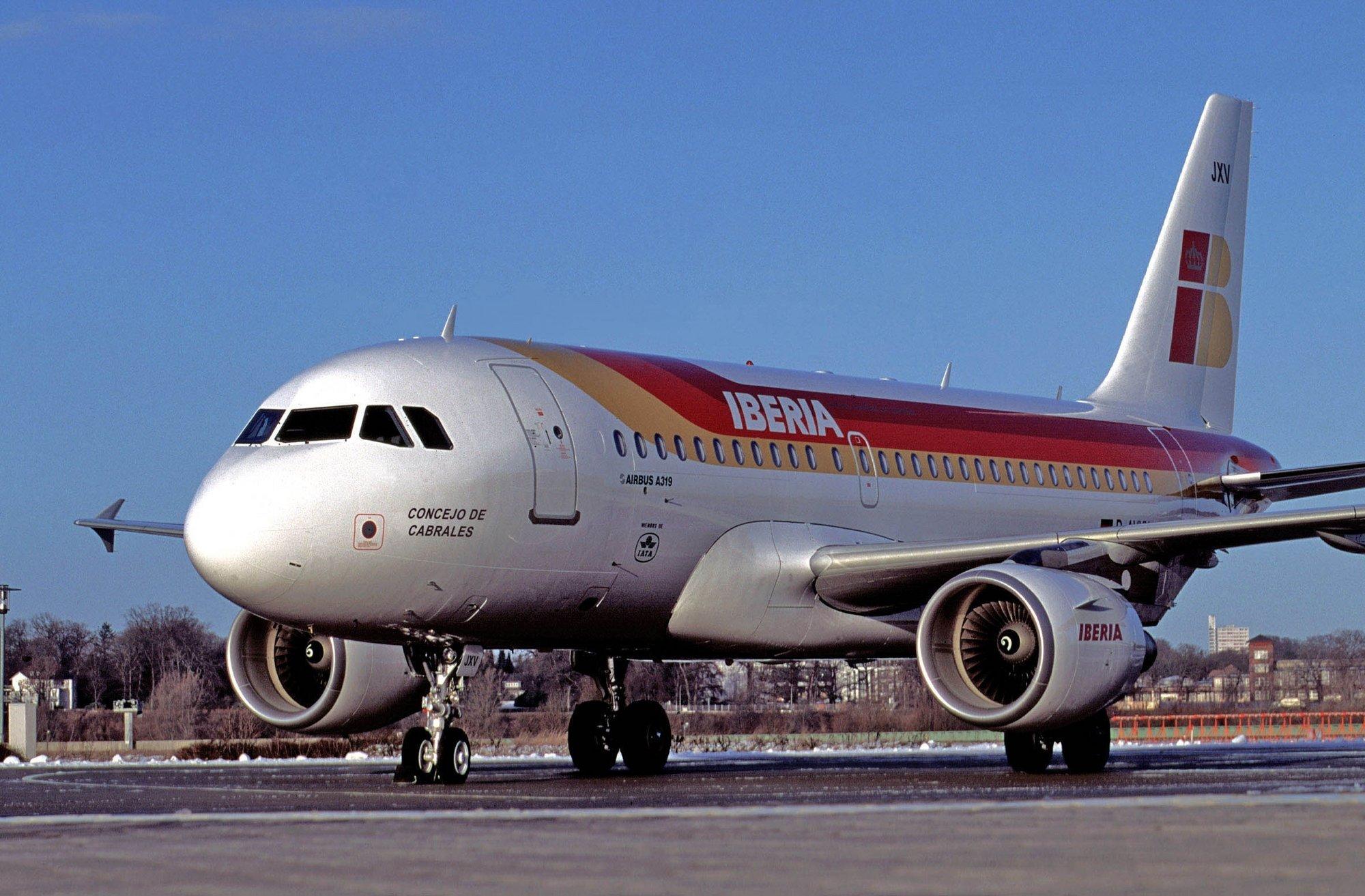 La nueva jornada de huelga obligará a cancelar seis vuelos de la ruta entre Asturias y Madrid