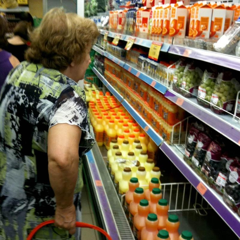 Las marcas blancas elevan su cuota al 41% en 2011 pese a subir más de precio que las líderes