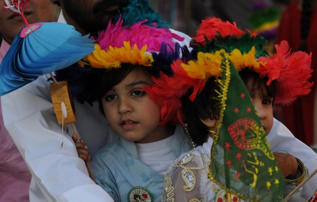 Millones de musulmanes en el mundo celebran el nacimiento del profeta Mahoma