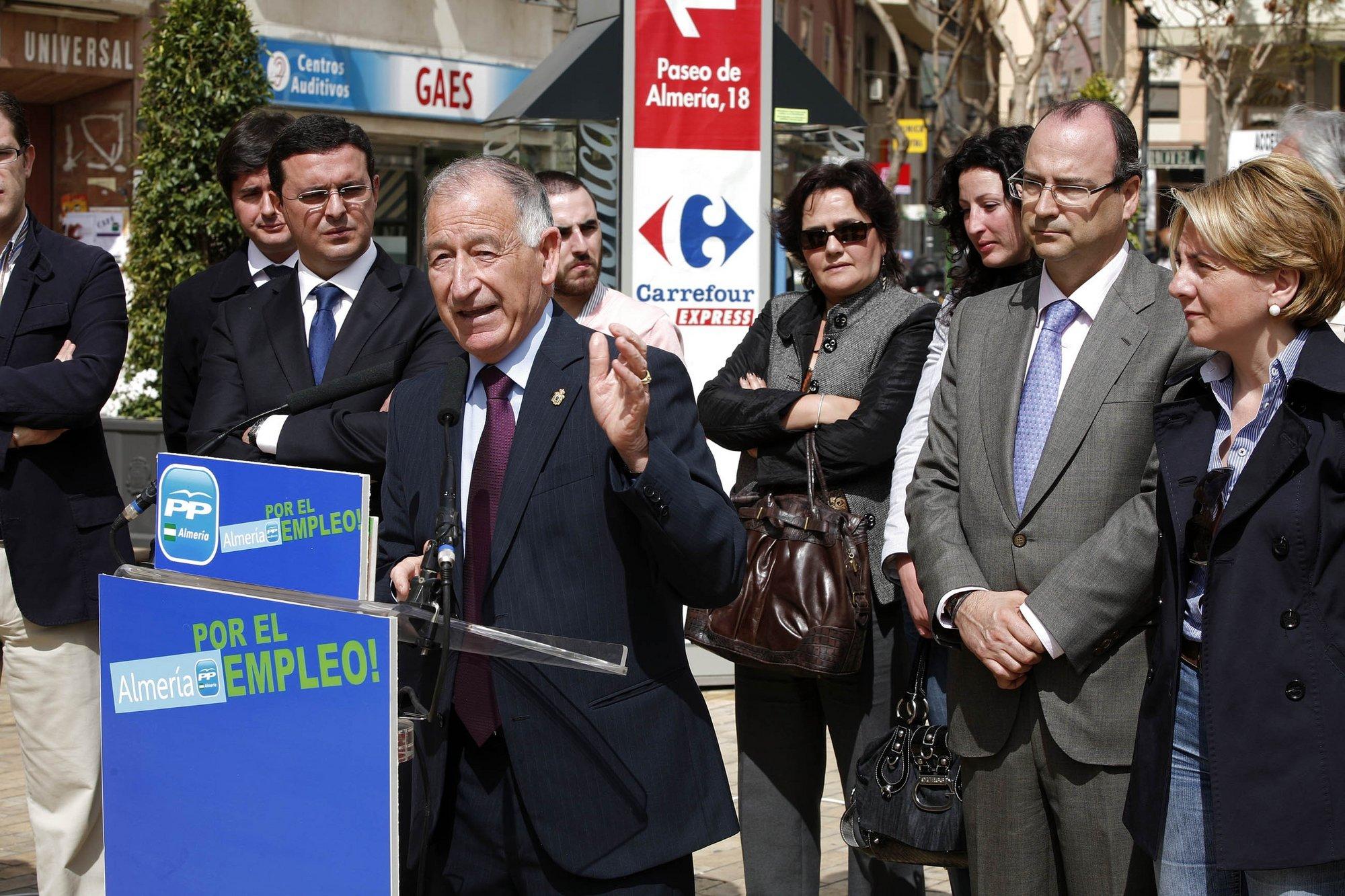 Amat (PP) afirma que le dolería perder la Alcaldía de Laujar si prospera la moción de censura del PSOE