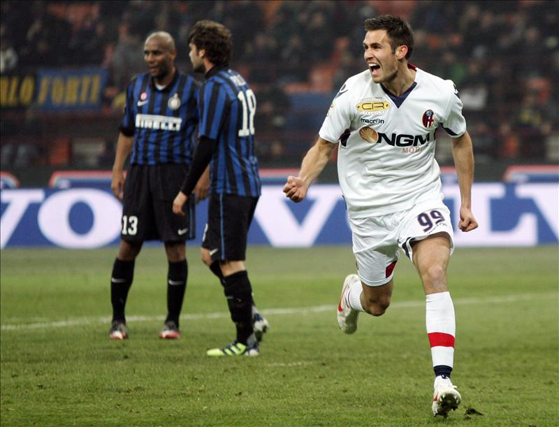 El Bolonia golea al Inter a domicilio (0-3)