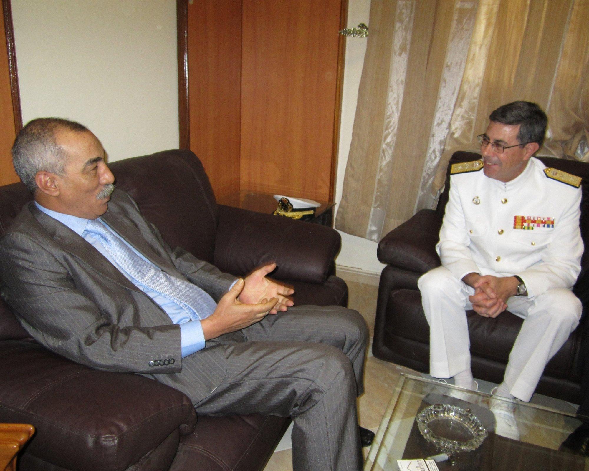 El almirante comandante del Mando Naval de Canarias ha comenzado una gira de visitas a países  del África Occidental