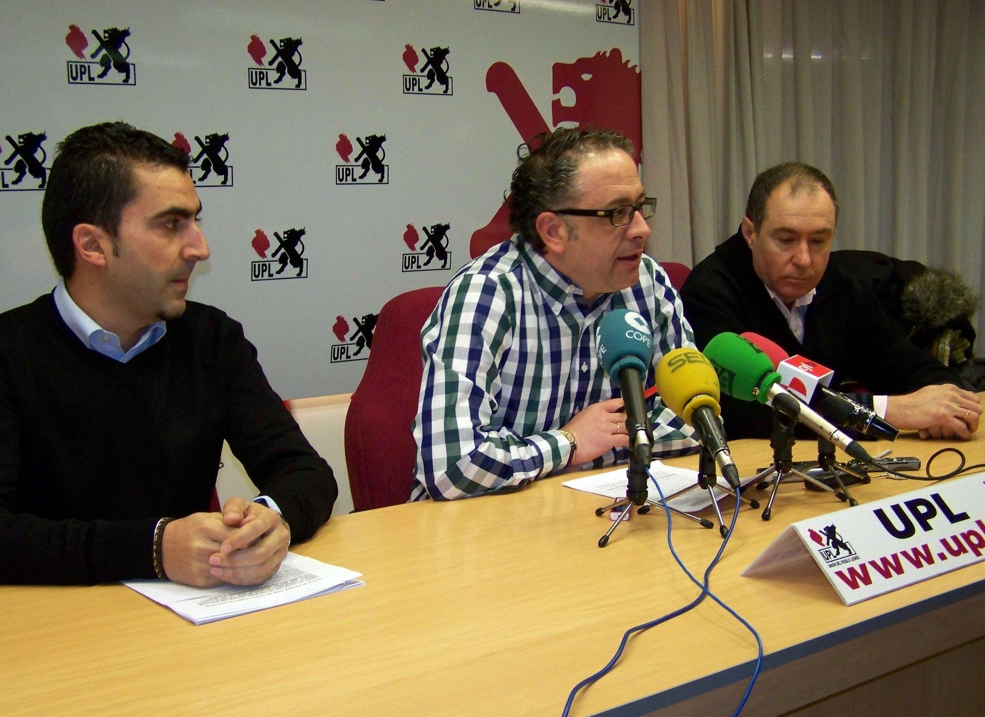 UPL convoca una manifestación el 10 de marzo en rechazo a la actitud «sangrante» de la Junta con el aeropuerto de León