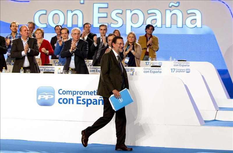 Rajoy pide para Asturias un Gobierno «moderado, con mesura y tranquilo»