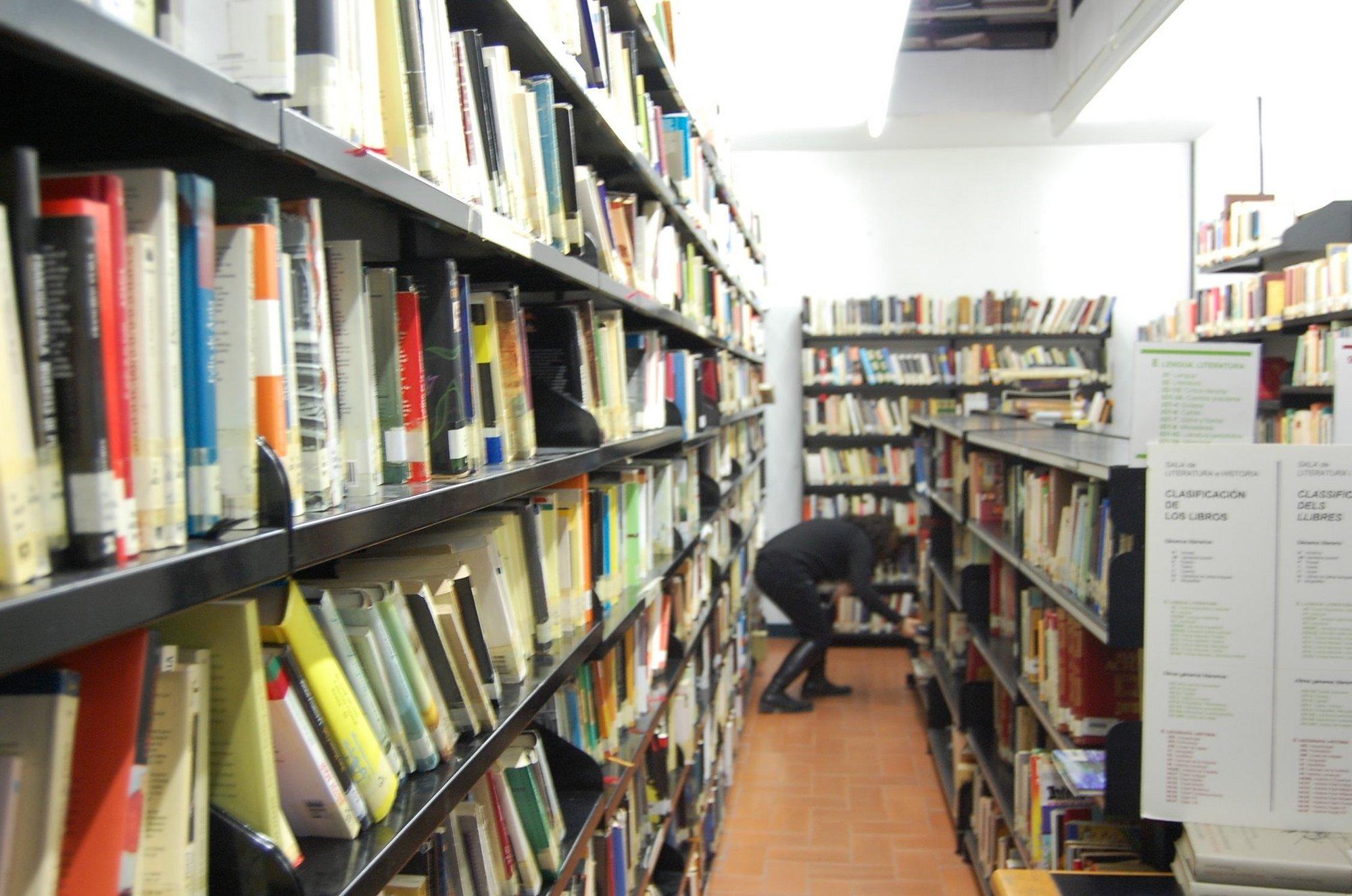 Las bibliotecas municipales de Fraga prestaron cerca de 19.000 documentos durante 2011