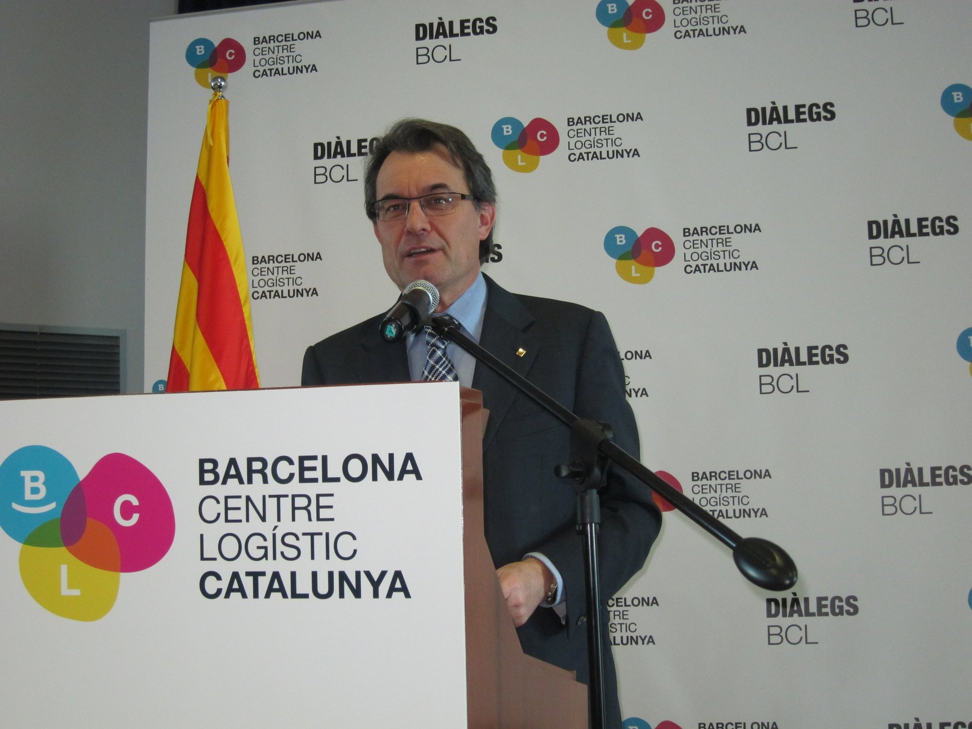 Artur Mas dice que el corredor central «no tiene sentido» y pide destinar el dinero a infraestructuras «más eficientes»