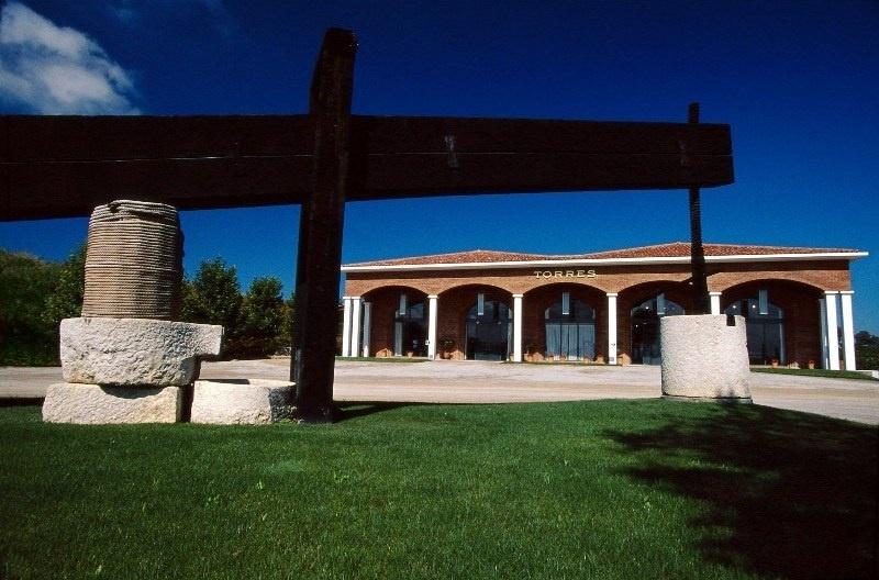 Bodegas Torres recibe un premio internacional por su oferta de enoturismo