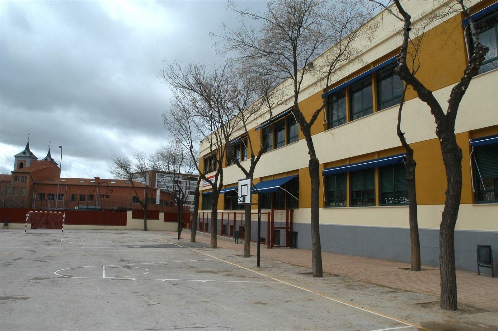 CC.OO. amenaza con recurrir el área única de escolarización en Madrid