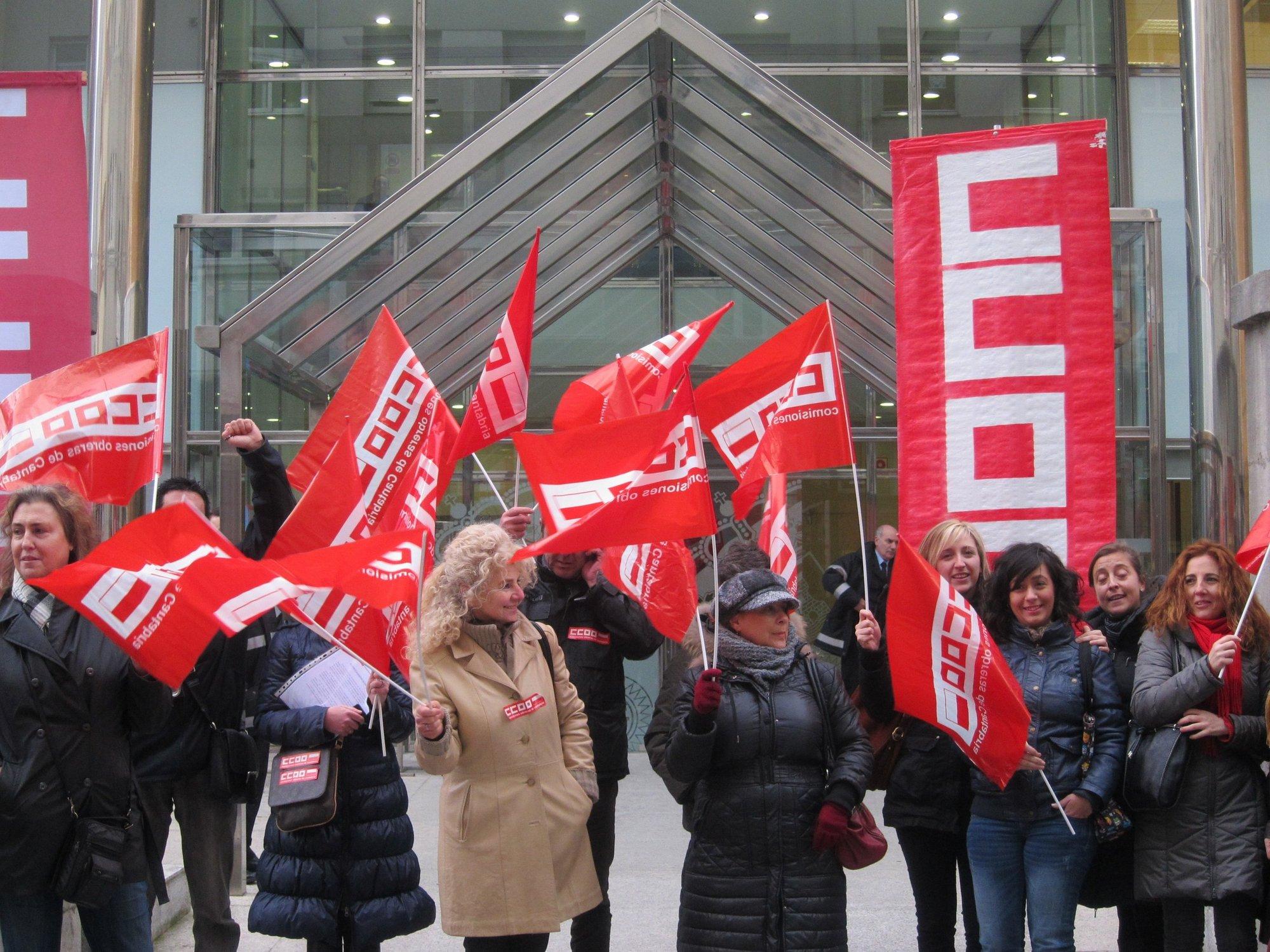 CC.OO. y UGT despiden a más de 500 trabajadores en el último año