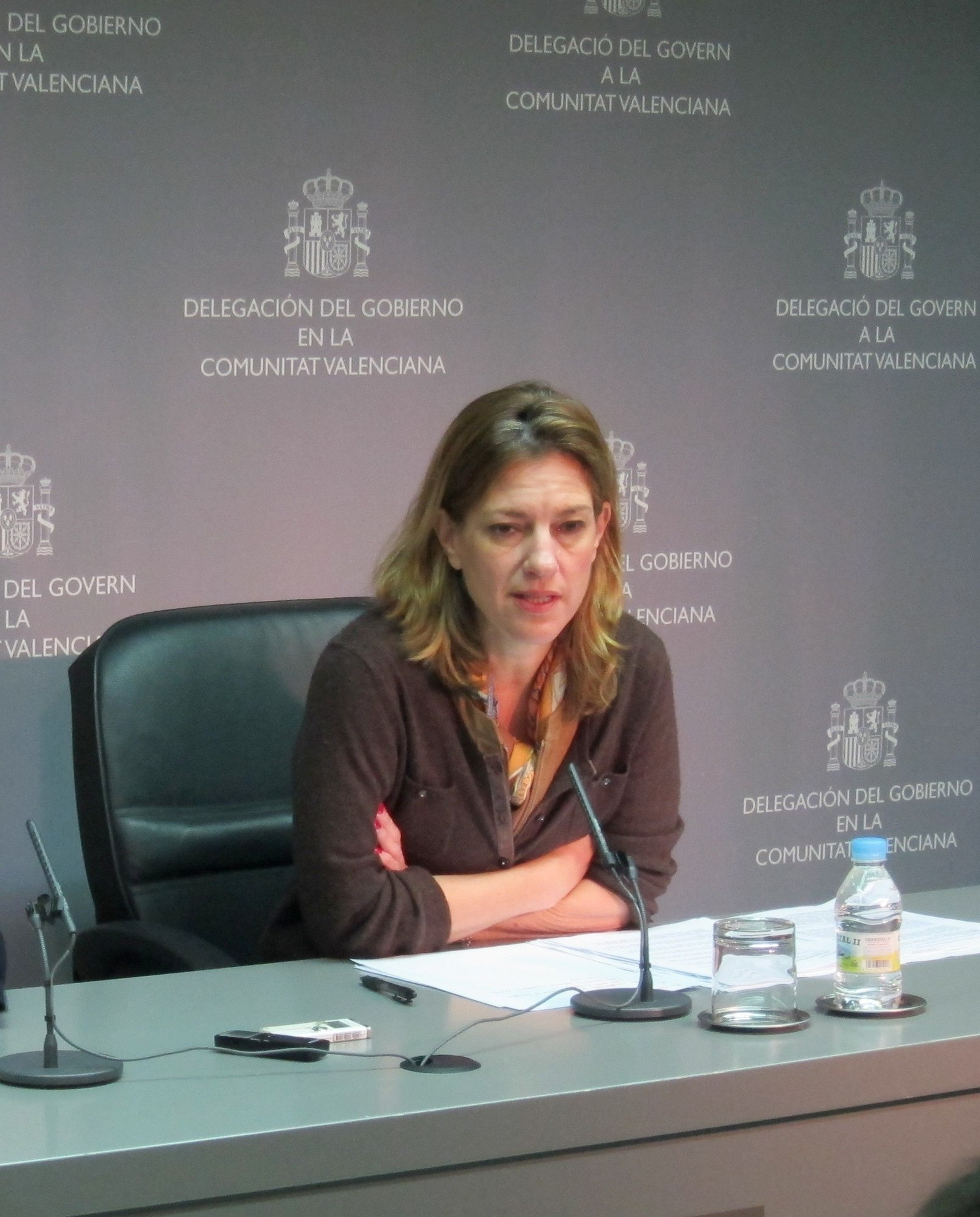 Delegada del Gobierno en Valencia dice que si los policías se extralimitaron con los estudiantes, habrá consecuencias