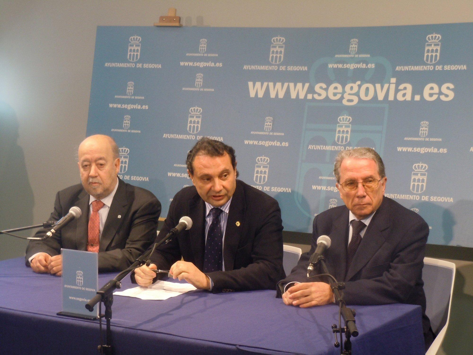 La recuperación del río Segura en Murcia y el viaducto del AVE en el Ulla ganan el Premio Acueducto de Segovia