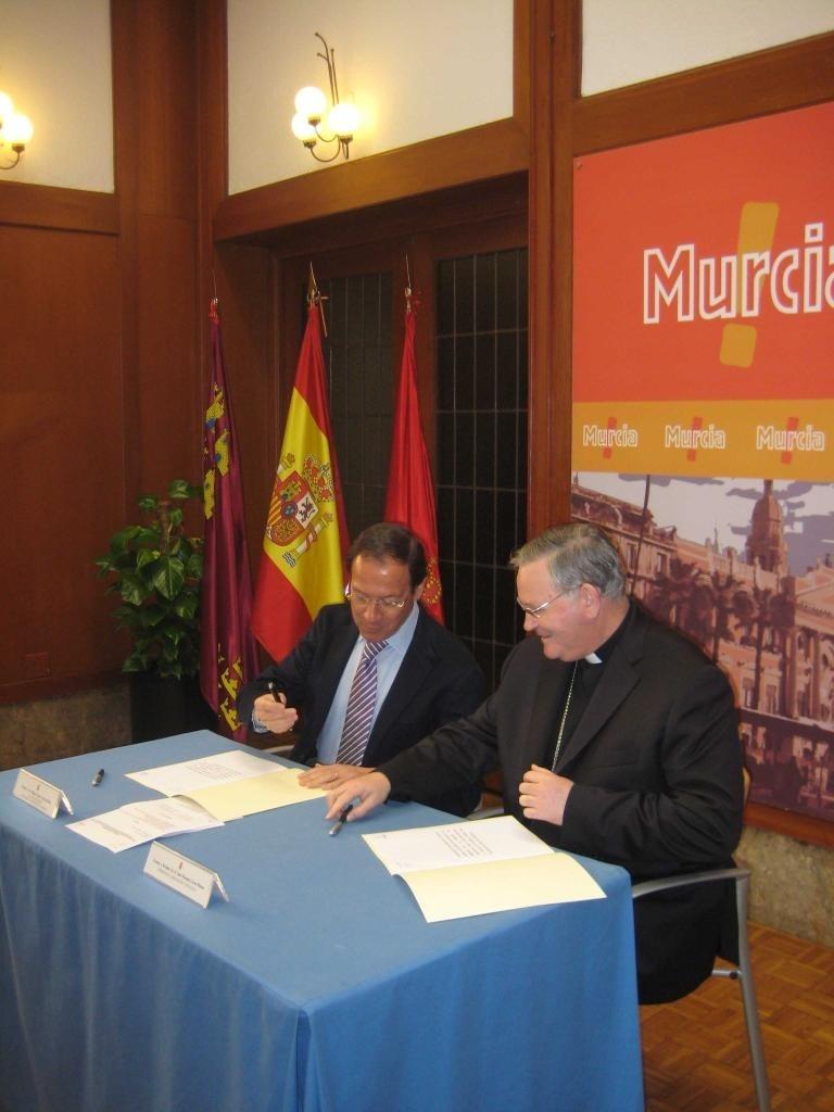 El alcalde de Murcia impulsa la restauración integral de la histórica parroquia de Era Alta