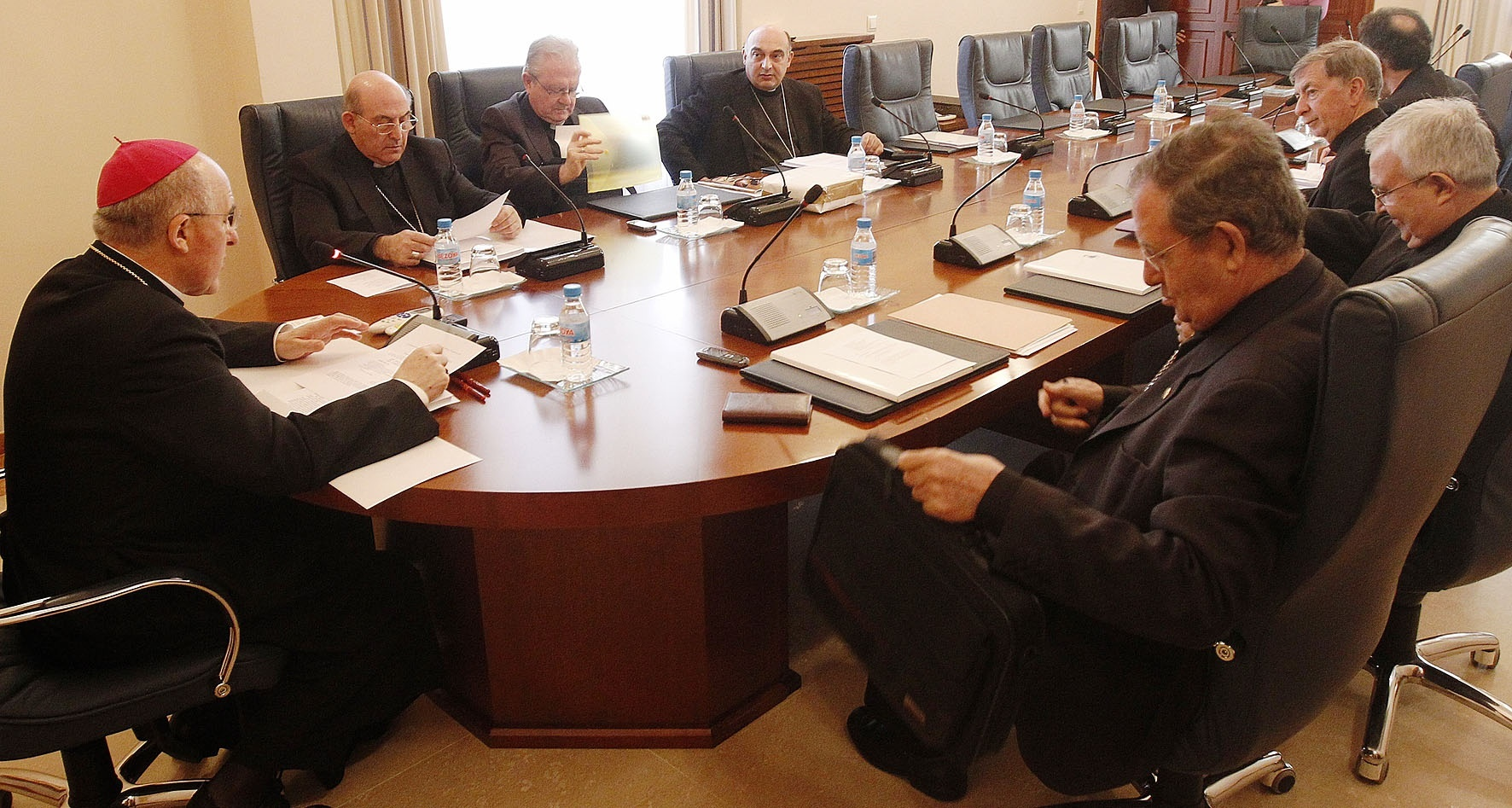Obispos de Valencia, Baleares y Tortosa llaman a la «austeridad y solidaridad» ante la crisis