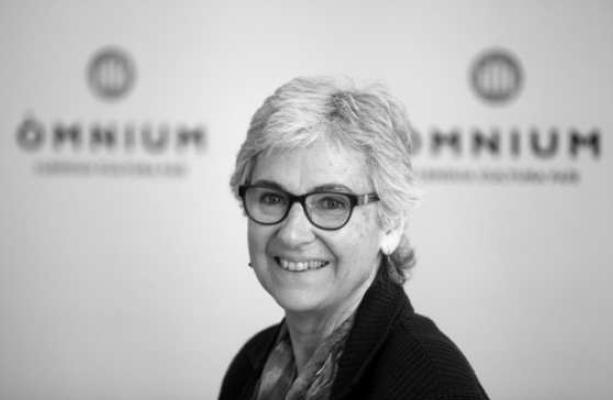 PP y Òmnium Cultural polemizan sobre las subvenciones a entidades catalanistas