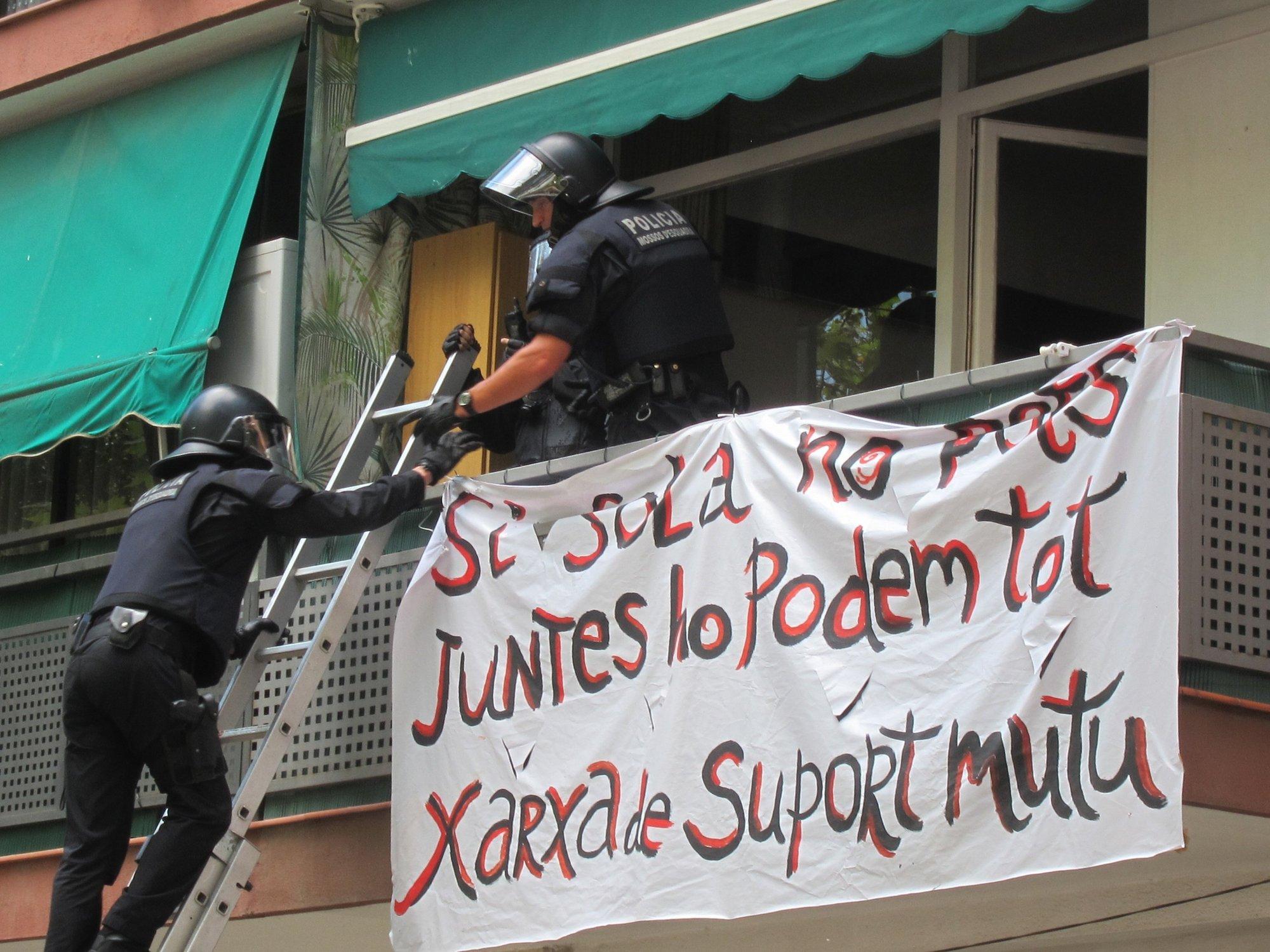 Sabadell y Cáritas asesorarán a las familias con riesgo de desahucio