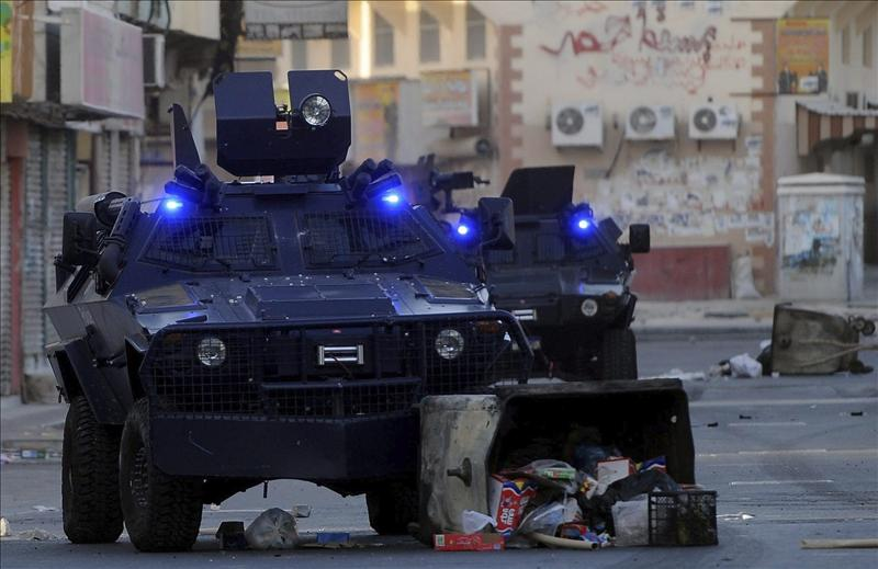 Un funeral deriva en violentos choques con la policía en Baréin