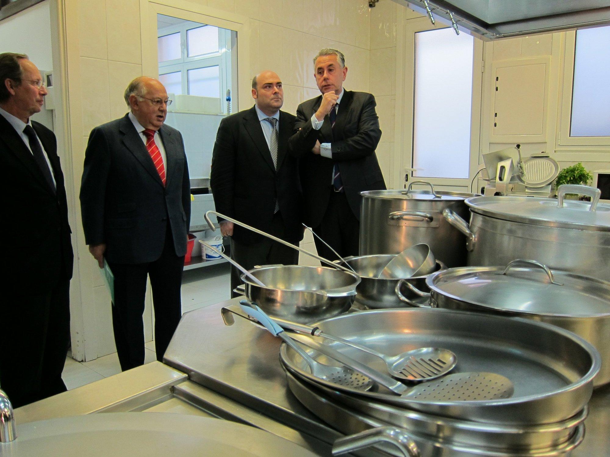 La Cocina Económica de Oviedo prevé superar en 2012 las 112.000 comidas