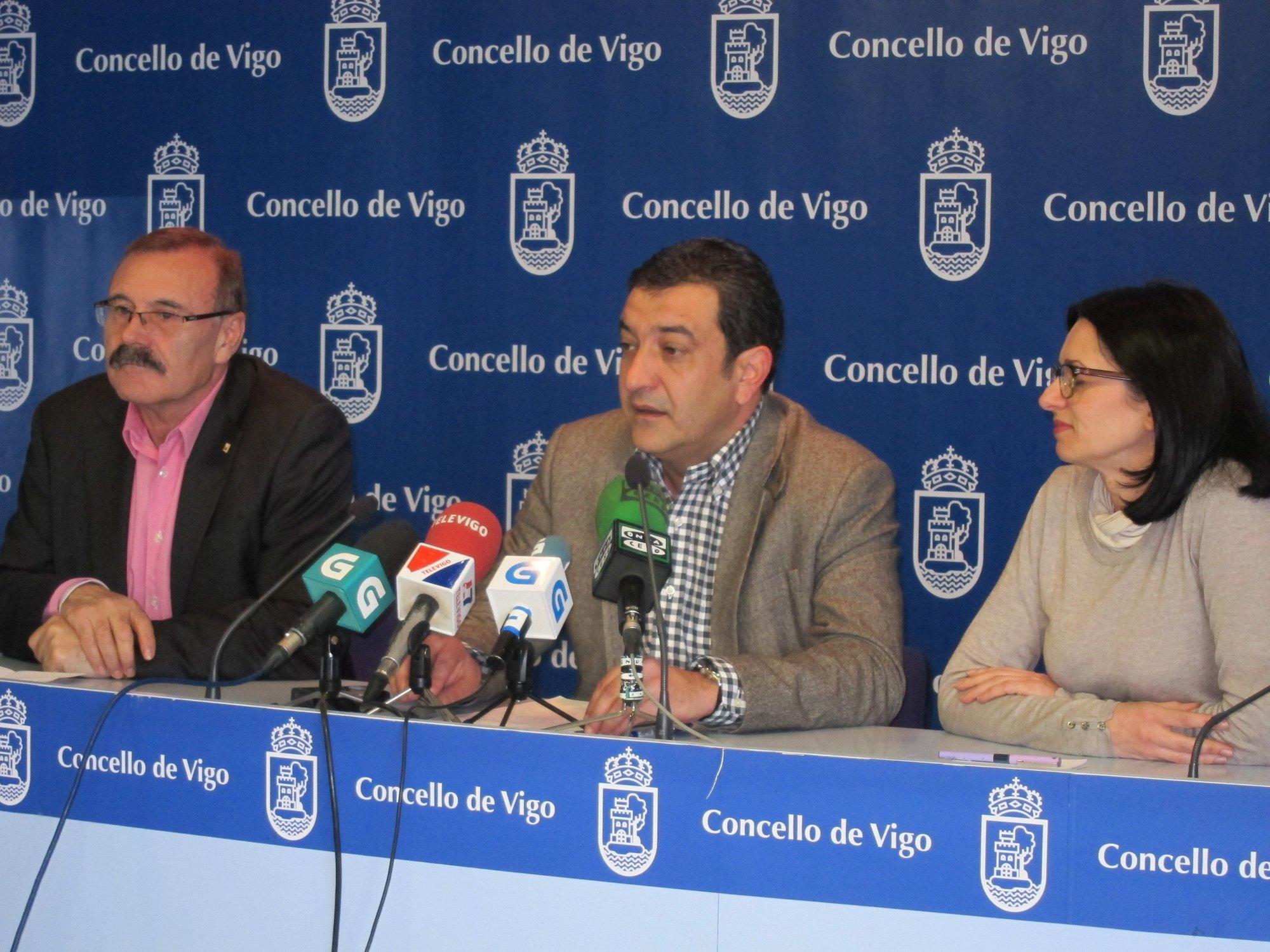Domínguez aclara que la decisión de no reeditar gobierno con Caballero «sigue vigente», pero «ya se verá» en el futuro