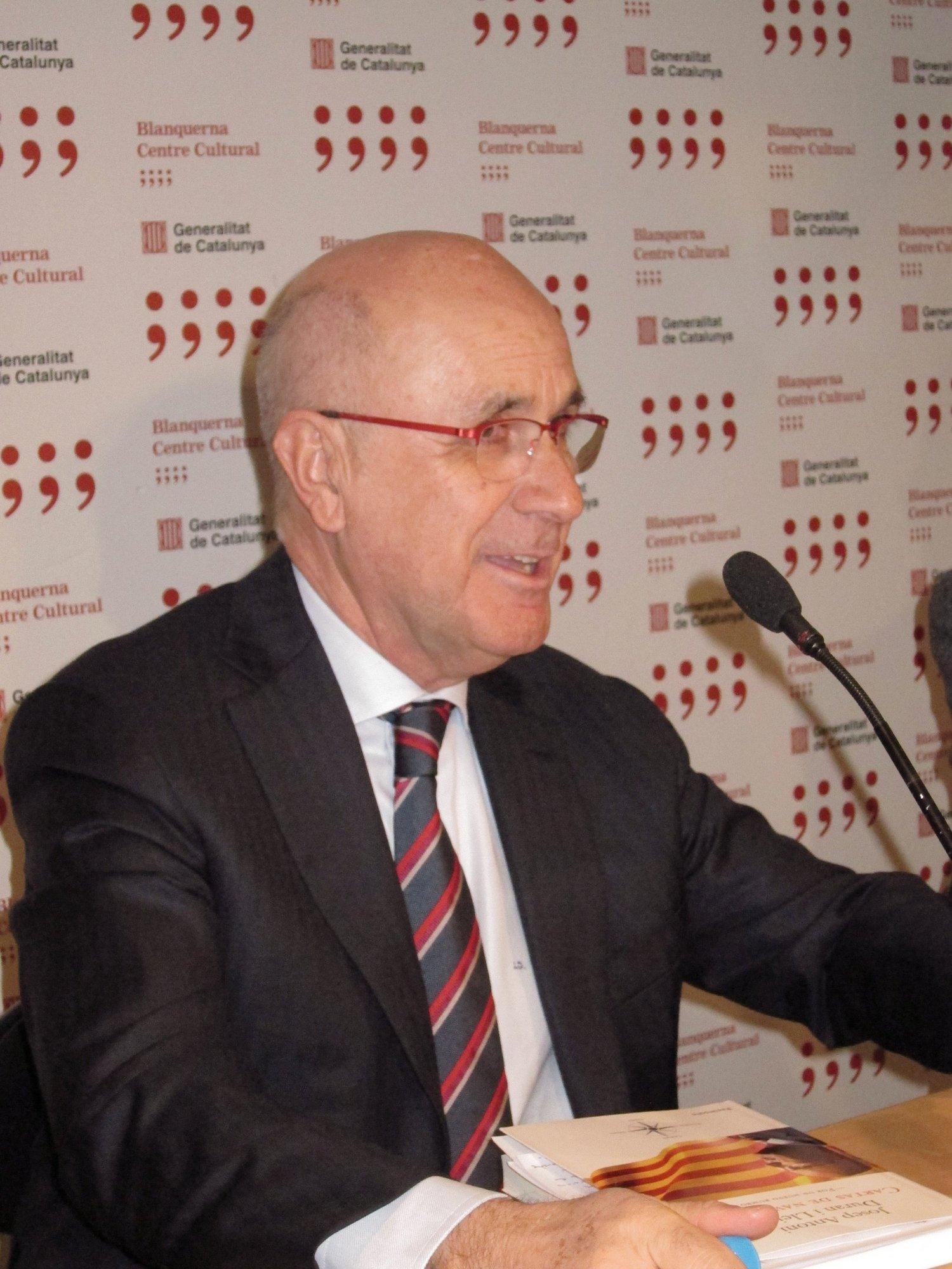 Duran (CiU) cree que «no es bueno» que el PSOE implantase la cultura del subsidio en Andalucía