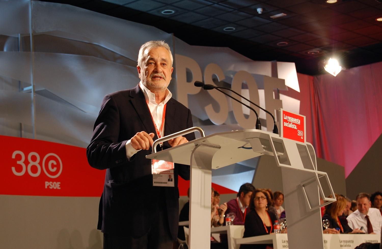 Griñán difunde un vídeo en Youtube que afirma que Rajoy «dejará sin ayudas» a 40.000 dependientes andaluces