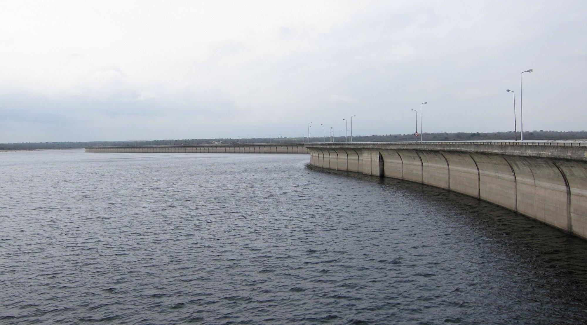 La cuenca del Guadiana a su paso por Extremadura baja dos décimas en la última semana y se sitúa en el 76,3%