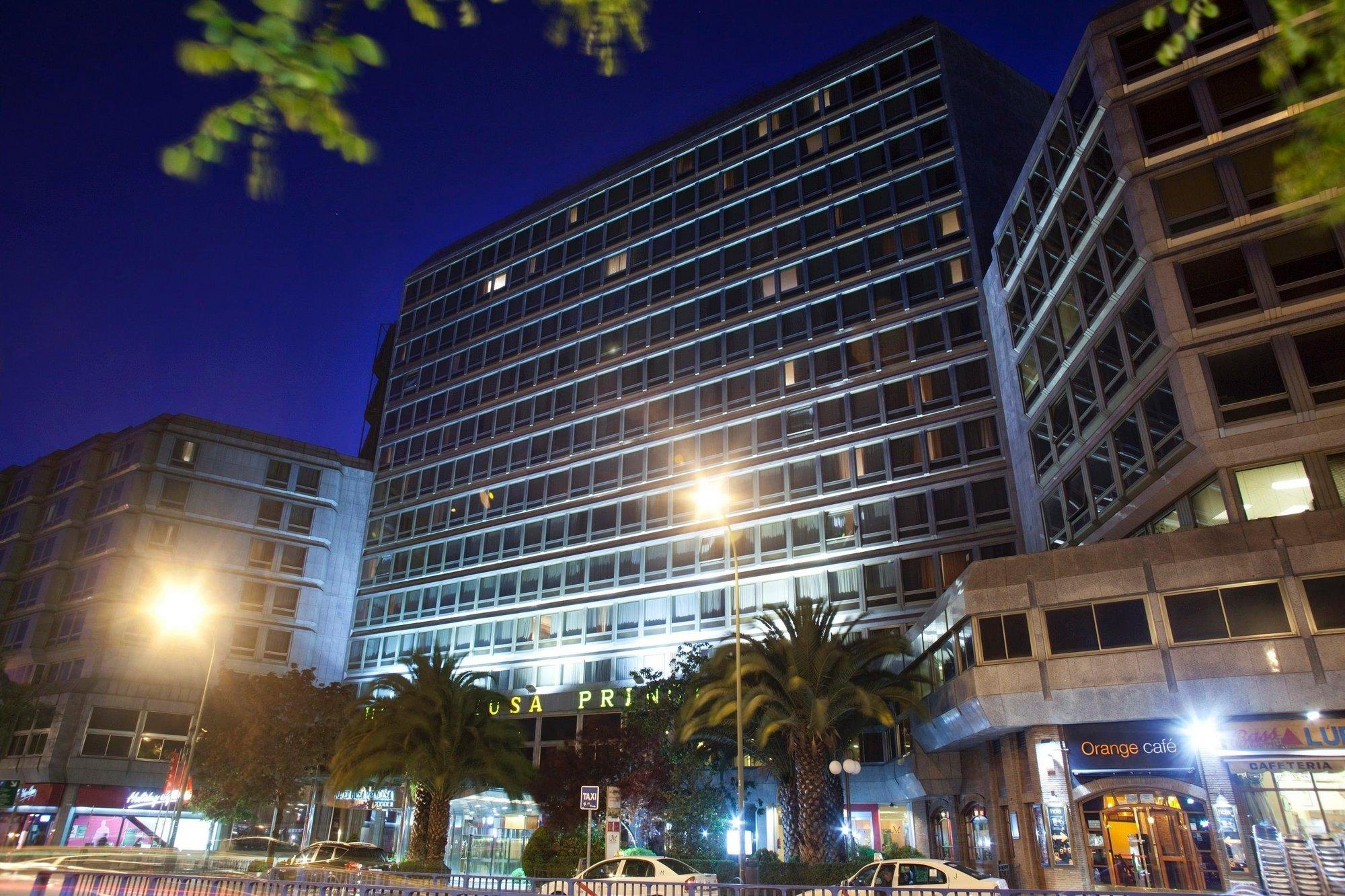 La cadena Husa fusiona sus dos hoteles madrileños »Princesa» y »Moncloa», que suman así un total de 423 habitaciones