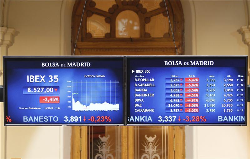 El IBEX opta por los descensos y cae 0,35 por cientotras el acuerdo sobre Grecia