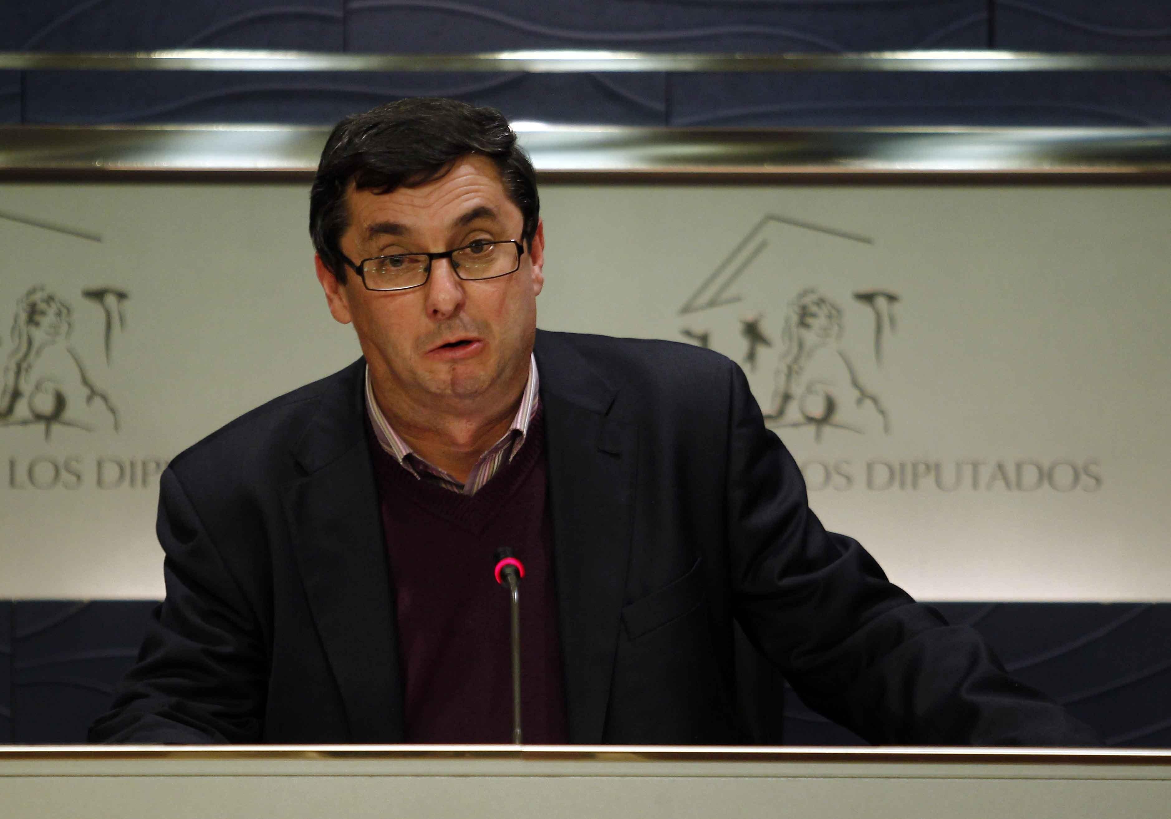 IU-ICV-CHA reprocha a CEOE que sea «tan insaciable como ignorante» por su idea para reformar el paro