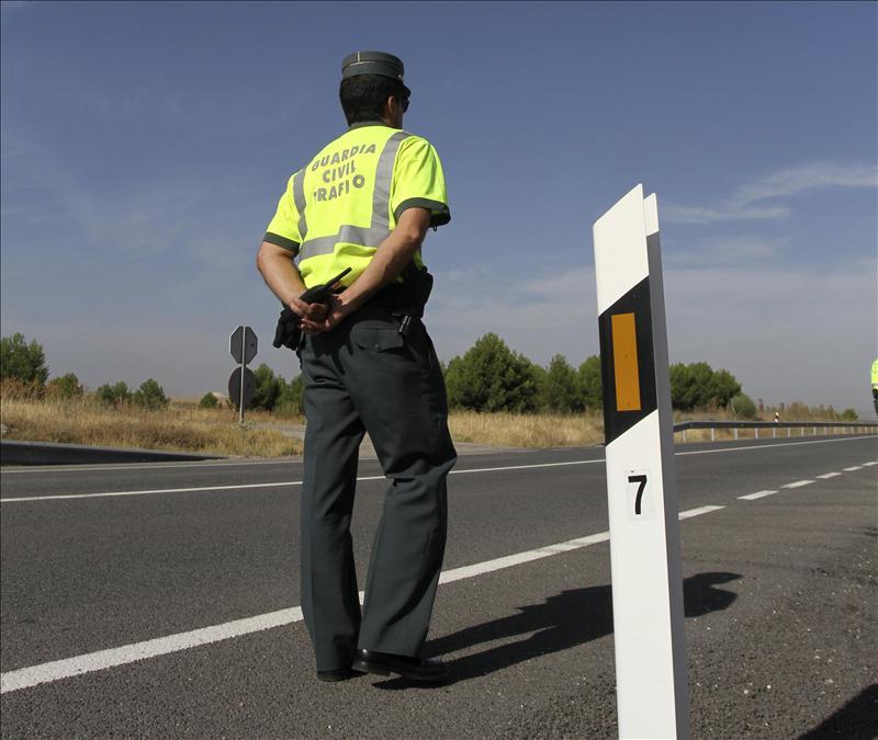 Imputado un motorista que circulaba a 202 km/h por una carretera de 80 km/h