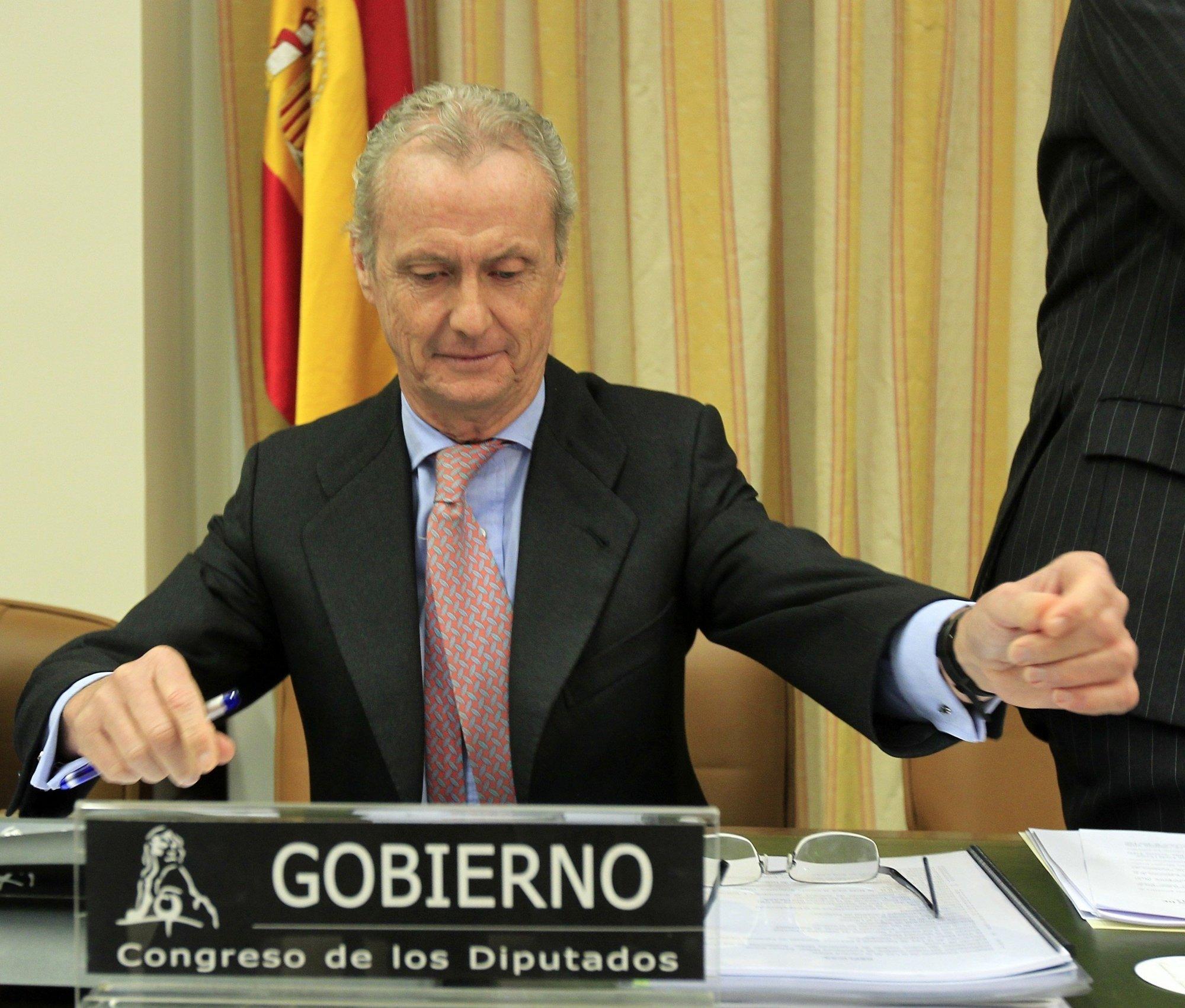Morenés no contempla «en principio» reducir personal en las Fuerzas Armadas,aunque revisará «todas las áreas» de Defensa